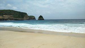 Pantai Gunung Tunak