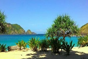 Wisata ke Mawun Lombok