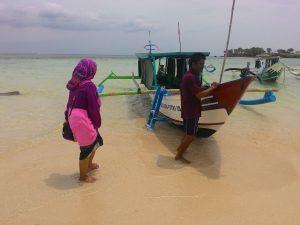 Boat trip Pantai Pink