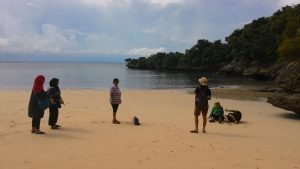 Pantai Pink Lombok menjelang sore