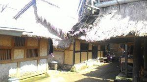 Rumah adat Lombok
